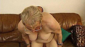 Frau seks alte Mütter und