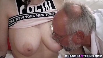 Hot babe Sheril Blossom begs grandpa to fuck her pussy