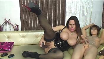 Hot Mature Webcam Show thumbnail