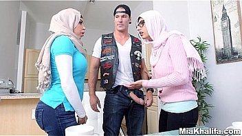 Hijab piger sutte amerikanske biker...