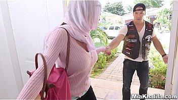 Watch Hijab girls suck american biker cock preview
