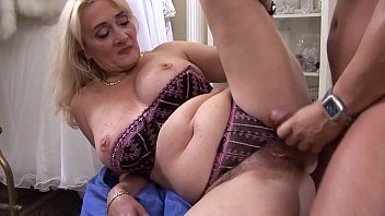 Mature blonde Petra Eagle with hairy pussy realised her desire to taste again hard cock