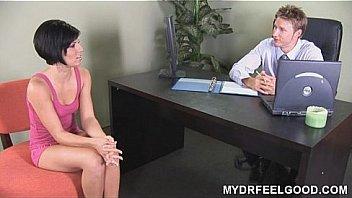 Nymphomaniac Jayden enjoys her sex therapy session