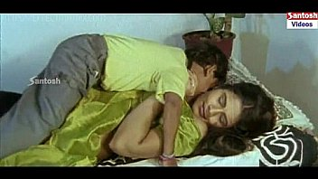 Edadugulu Movie Hot Scenes - Vahini's servant getting intimate with a woman
