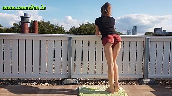 Young girl first outdoor fuck directly get caught by a neighbor!