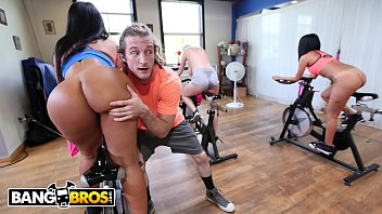 Girl gets fucked during work out session.