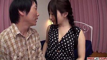 Hot japan girl Arisa Nakano receive a great dick