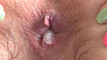 I love to fuck my anal with a big rubber dick and love a gaping ass.