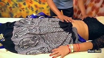 Desi Bhabhi Enjoy With Young Massage Boy