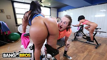 BANGBROS - Latina With PHAT ASS (Rose Monroe) Gets Extra Attention From Her Instructor
