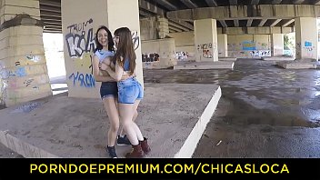 CHICAS LOCA - Hot babes in outdoor naughty lesbian action