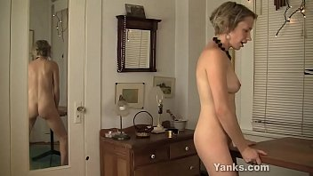 Naughty Yanks amateur Kiki rubbing her twat on the table corner for orgasm