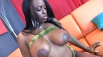 Jada Fire  s on...