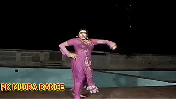 Watch new mujra in_rain wet preview