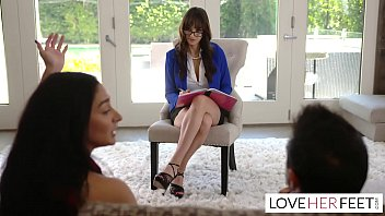 Lexi Luna Gives Footjob Therapy