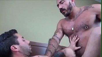 prvi analni porno video