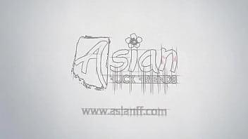Pantyhose Asian masturbating on cam