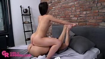 Quickie rimjob before breakfast with Anastasia Brokelyn