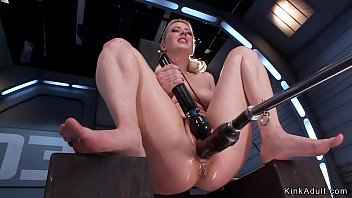 Big butt blonde solo sucking and fucking huge dildo