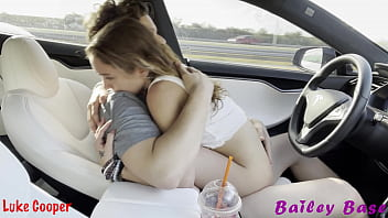 Model Teen Tinder Date Cowgirl Fucking When He Is Driving Autopilot Hot