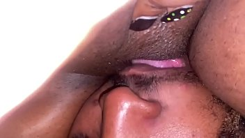 Eating some good wet pussy