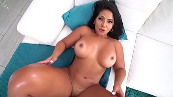 Latina Cougar in POV