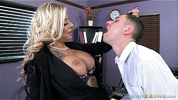 Brazzers - Tatooed milf Britney Shannon takes charge Thumbnail