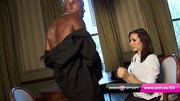 Curvy UK MILF Paige Turnah takes big black cock