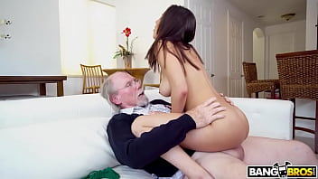 BANGBROS - Old Man Buries His Wrinkled Penis Deep Inside Kira Perez's Wet Puerto Rican Pussy