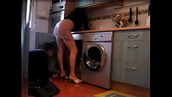 Hausfrau, indem geil, den klempner...