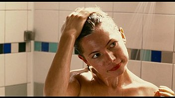 Sarah Silverman & Michelle Williams Shower Scene