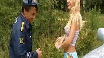 Russisk politimand og blond