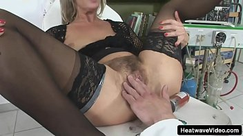 Shave That White Pussy #3 - Gyongy - With all that hair gone from her pussy, man sticks his dick inside