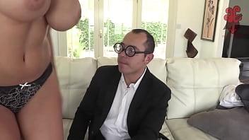 Santy sopitas fucks detective Peta Jensen