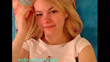 sexy young big tits babe www.webnudecam.com