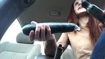 Public Squirt With Huge Vegetable
