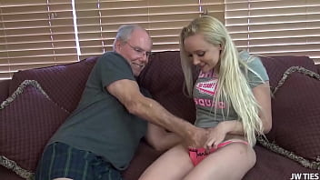 Teen Takes 2 Cocks For Family Stuffing