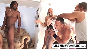Sexy granny gets all the BBCs