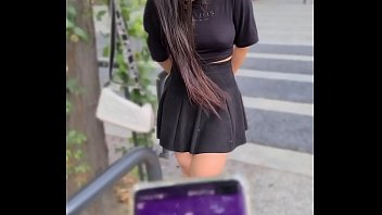 A Luana Kazaki camgirl paraibana goza muito com vibrador no centro da Suiça sem calcinha