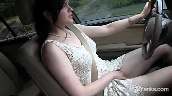 Sexual amateur Yanks minx Savannah Sly playing with her snatch while driving