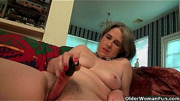 Best of American grannies part 13 Thumbnail