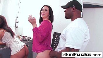 Skin Diamond And Jayden Jaymes Are Having Fun In The Makeup Room