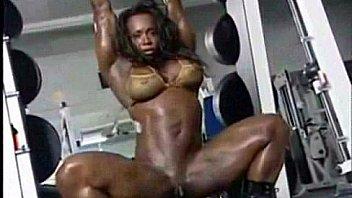 Bodybuilder ebony modelling Thumbnail