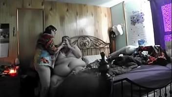 44 stone Gabi Jones in BIZARRE 'Bed Eating' video