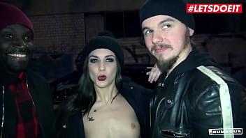 BUMS BUS - Lullu Gun & Anny Aurora - Sexy Ass Teen Gets A Black Cock On A Bus