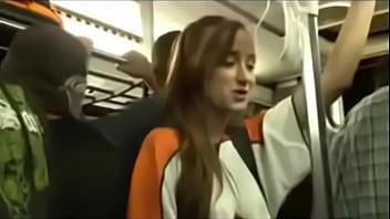 Adolente es manoceada y v. en bus