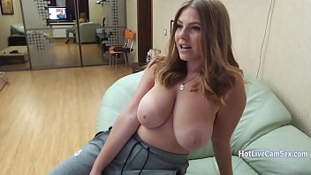 Busty camgirl with sexy body cums live on cam