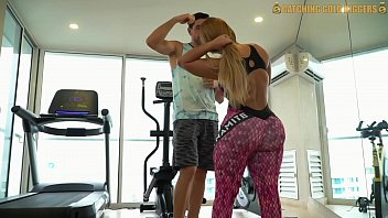 Watch Big Booty Girl Picked Up From The Gym And Fucked Like There's No Tomorrow preview
