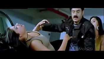 MITRUDU MOVIE SCENE BALAKRISHNA