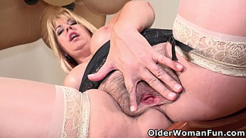 American milf Joclyn Stone exposes her wonderful tits and slides two fingers up her hairy muff (now available in Full HD 1080P). Bonus video: US mature Vivi.